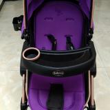 转卖婴儿三用车,可躺,可坐,可当餐椅