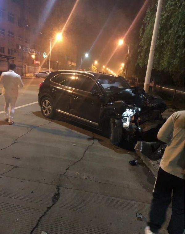 达成路发生严重交通事故